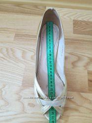 туфли женские, цвет золото, 41 размер.
