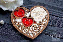 Красивые деревянные подставки для свадебных колец