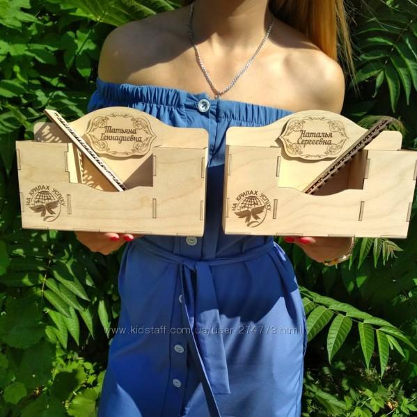 Деревянный органайзер с именной линейкой для учителя, подарок учителю