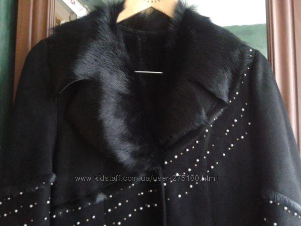 Стильная дубленка-пальто с нат мехом нерпы