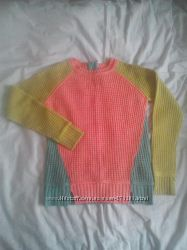 фирменный яркий весенний свитерок Alcott в размере М