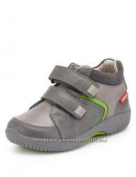 Ботинки демисезонные на мальчика M&S 28р. евр. 10 р. англ. Кожа