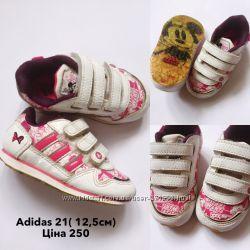 Adidas кросівки 21 р