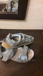 сандалі бартек