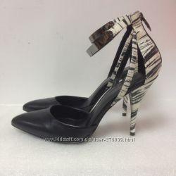 Босоножки туфли кожаные Fergie размер 40-41