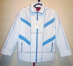 Куртка из водоотталкивающей плащёвки. Новая, качественная.