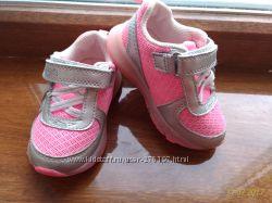 Кроссовки для девочки Carters