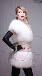 Меховой жилет жилетка из белой полярной лисы