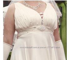 Продам свадебное платье на полную высокую девушку