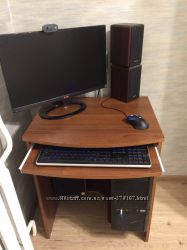Компьютерный столик новый