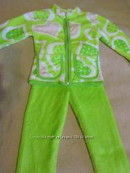 Теплый костюмчик можно как пижаму.