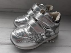 Ботиночки демисезонные  детские Clibee