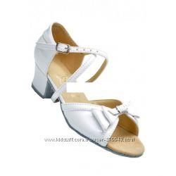 В НАЛИЧИИ Танцевальная обувь Club Dance для девочек и мальчиков