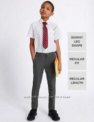 Серые школьные брюки скинни для мальчика 12-13 лет Marks&Spencer