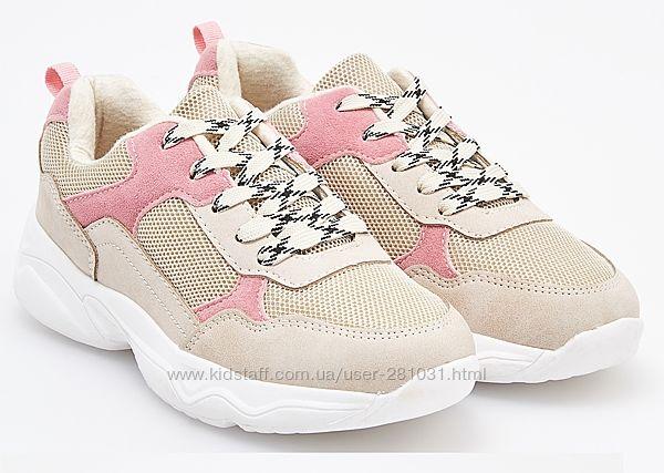 Кросівки для стильної дівчинки