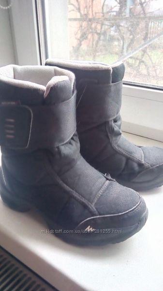 Зимові чобітки Quechua на мембрані