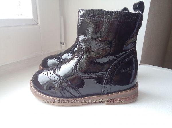 Ботинки Next 23р. 15 см кожа лак идеальное состояние