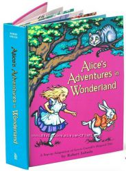 Pop-up книга Алиса в мире чудес от Роберта Сабуды