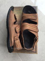 Летние сандалии мужские на липучках кожа снаружи и внутри, р-р43 в коробке