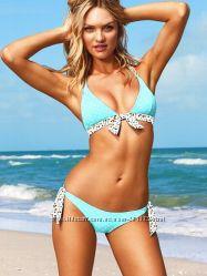 Купальник  нежной голубой расцветки Victorias Secret  р-р S-M, оригина