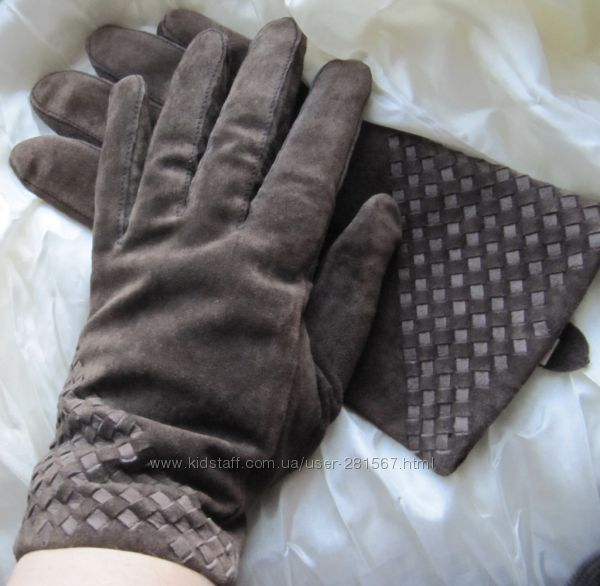 Перчатки замшевые коричневые Pia Rossini L