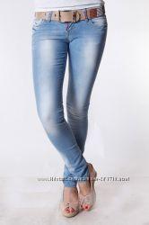 шикарные джинсы Dsquared, р. 29
