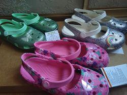 Кроксы, сабо Crocs classic glitter, charm mary C13, J130-33р