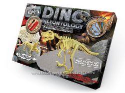 Раскопки динозавров Dino Paleontology. 2 динозавра в одной коробке