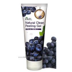 Пилинг-скатка с экстрактом черного винограда Ekel Grape Natural Clean