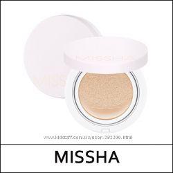 Кушон со стойким покрытием MISSHA M Magic Cushion Cover Lasting SPF50