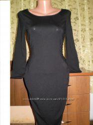 Строгое черное платье в офисном стиле