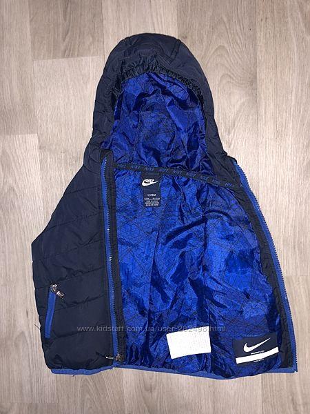 Фирменная, демисезонная курточка Nike 12-18 месяцев