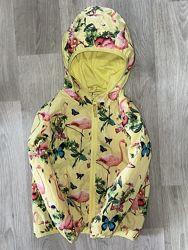 Очень красивая, яркая курточка, ветровка John Lewis  Размер 4 года