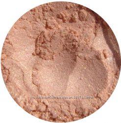 Минеральные тени-шиммер Персиковый Пух