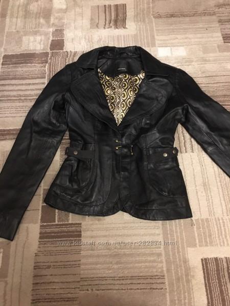 Женская кожаная курточка Vero Moda в хорошем состоянии
