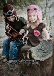 Эксклюзивные осень-зима  вязанные шапочки, платья, пинетки, пледы .