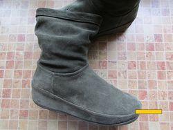 сапоги для девушки Fitflop замша длина по стельке 27, 5 см