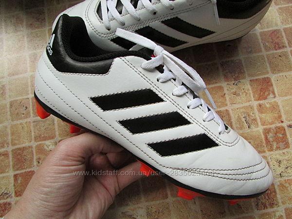 бутсы футбольные Adidas детские длина по стельке 23,2 см