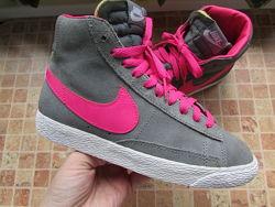 кроссовки Nike Blazer замша для девушки длина по стельке 23,5 см Оригинал