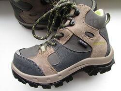ботинки оригинальные Quechua детские длина по стельке 19 см