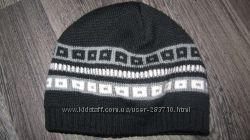 Продам зимнюю шапку Lenne 52-54р двойная шерстянная.