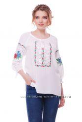 Блуза з вишивкою та мережкою Ласкавиця