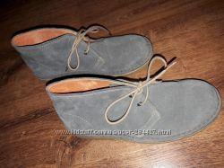 Легкие  Стильнючие демики ботинки  Benetton