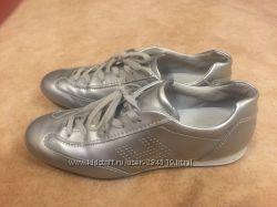 Продам кожаные кроссовки Hogan Италия