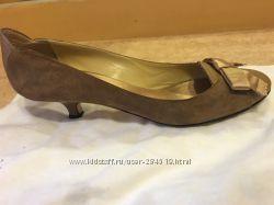 Продам итальянские туфли Vicicni