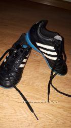 Кроссовки футбольные сороконожки