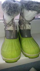 Ботинки утепленные резиновые