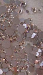 Продам набор камней Сваровски Swarovski, 200 шт.