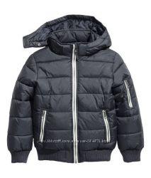 Тёплая демисезонная куртка на мальчика, бренд H&M,  размер 134
