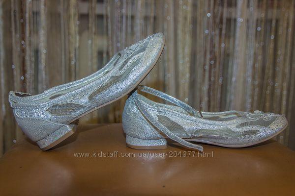 Нарядные и красивые туфельки Monsoon
